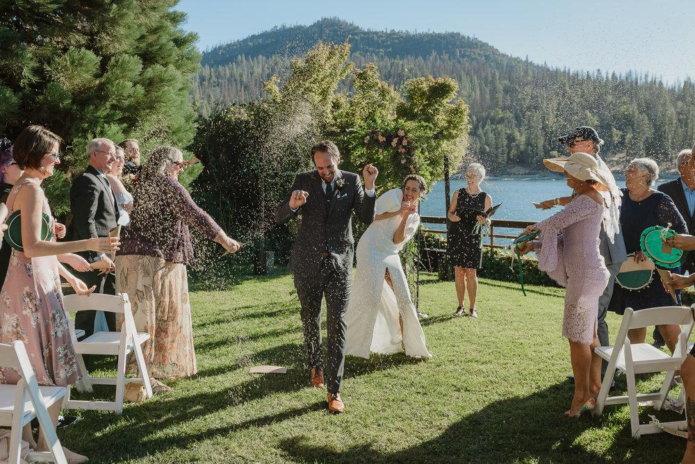 36-bass-lake-pines-resort-destination-wedding-vivianchen-237.jpg