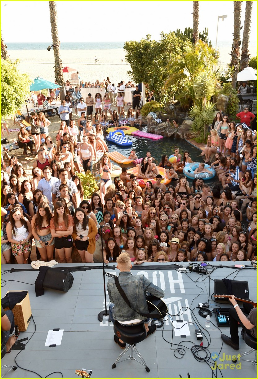 hollister house cody simpson.jpg