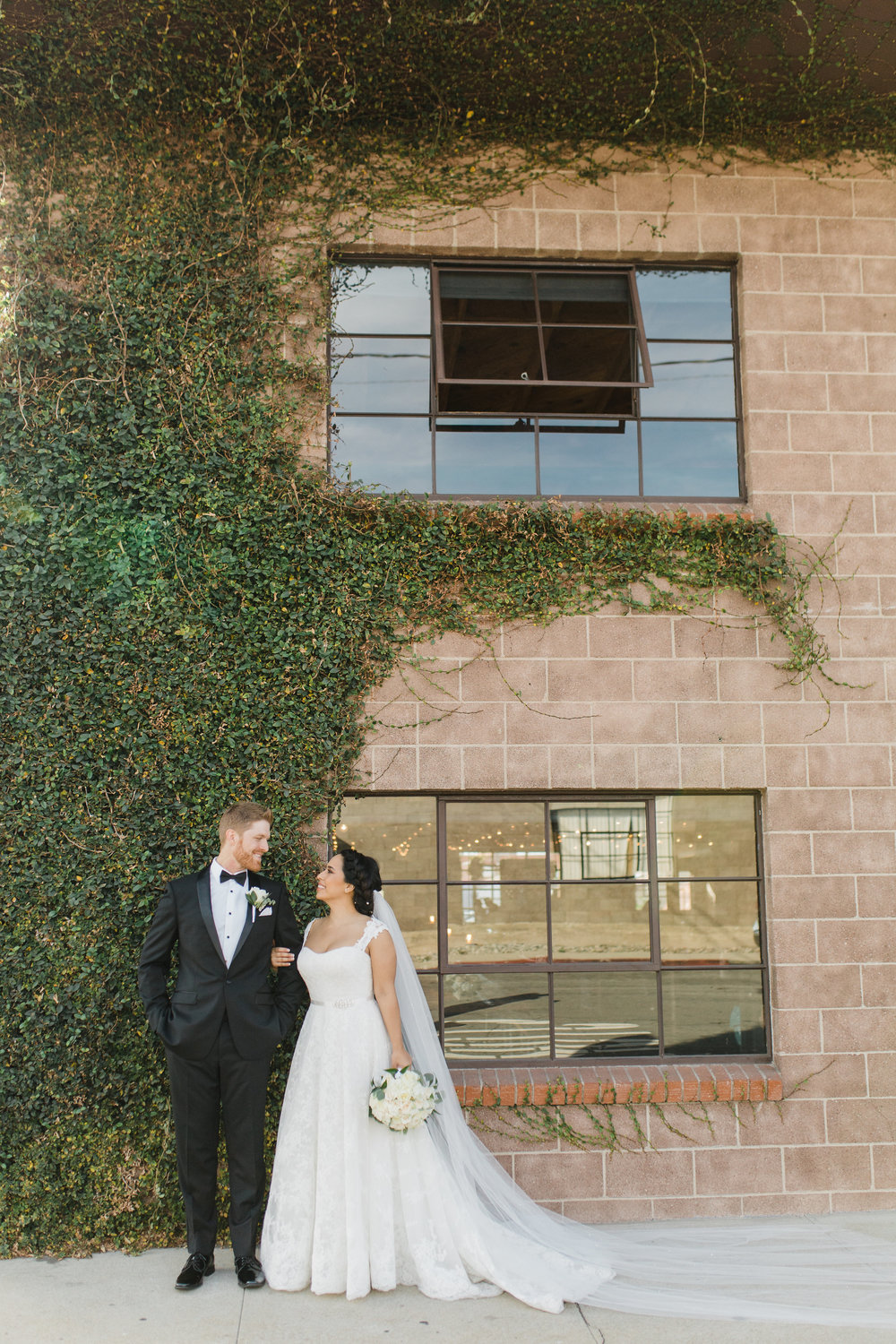 Smoky-Hollow-Studios-Wedding-El-Segundo-Venue