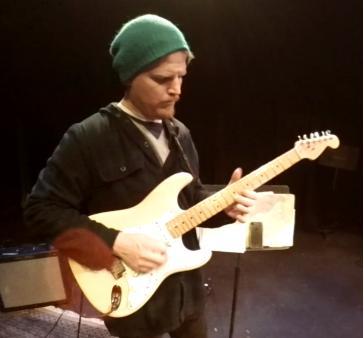 Bret Puchir - Guitar