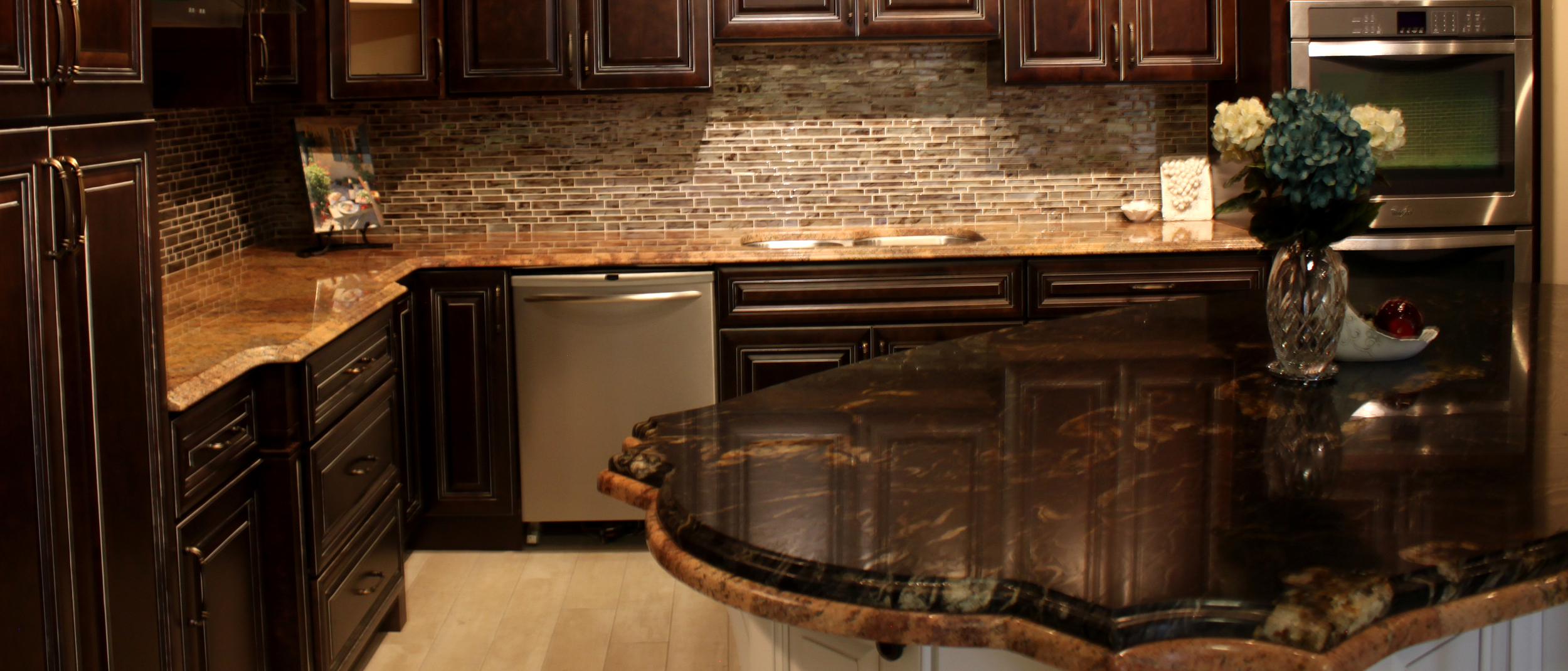 Highland Kitchen Cabinets, Sinks and Countertops — Rock Counter