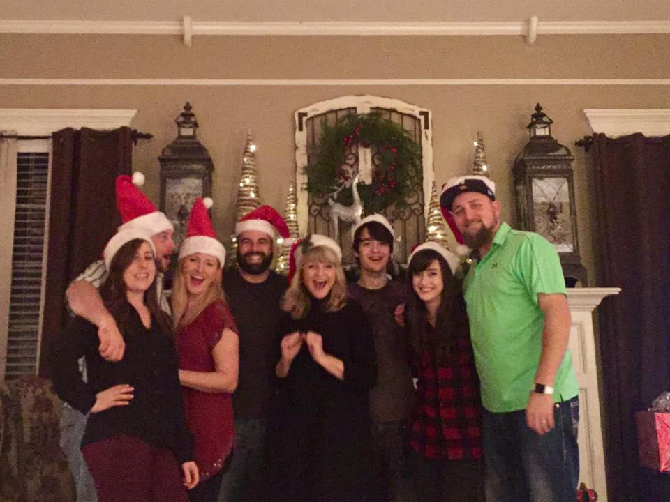 Christmas with La Familia, 2016