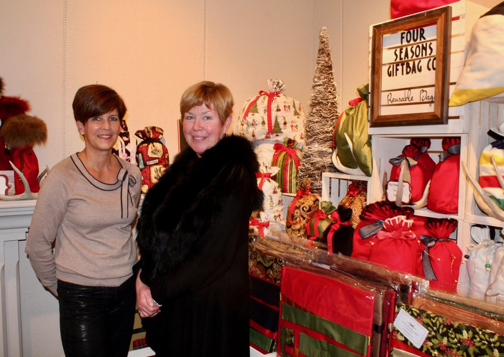 This photo is from the Jingle Mingle Maker's Market at Homer Watson Gallery. Taken by  Snapd .