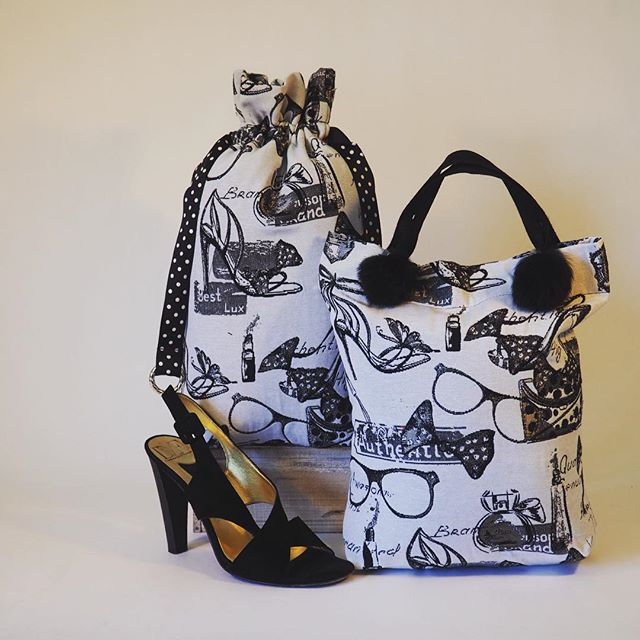 Our new, adorable, practical and reusable shoe bags are a classy way to carry your heels or runners. In two different styles, they are handmade to meet your needs. Use them to neatly pack your shoes in your suitcase. #travelbags  #shoebags