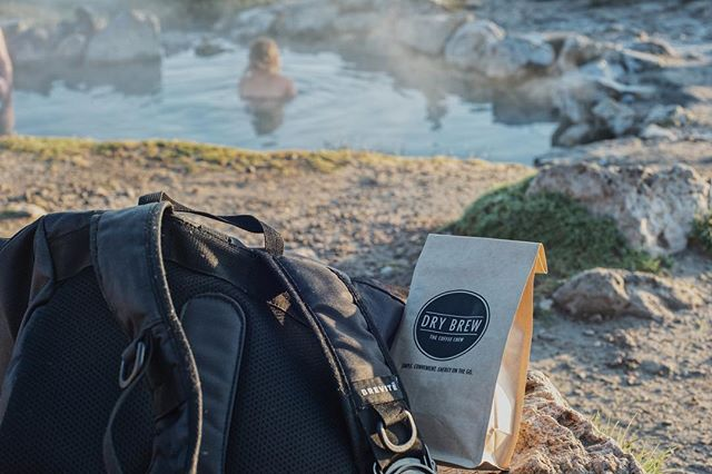 Nothing like waking up early to catch a nice session at the hot springs. Beautiful scenic views. . . . . . . #drybrew #coffeechew #chewablecoffee #coffeethoughts #convenient #caffeine #coffeevibes #traveler #hotsprings