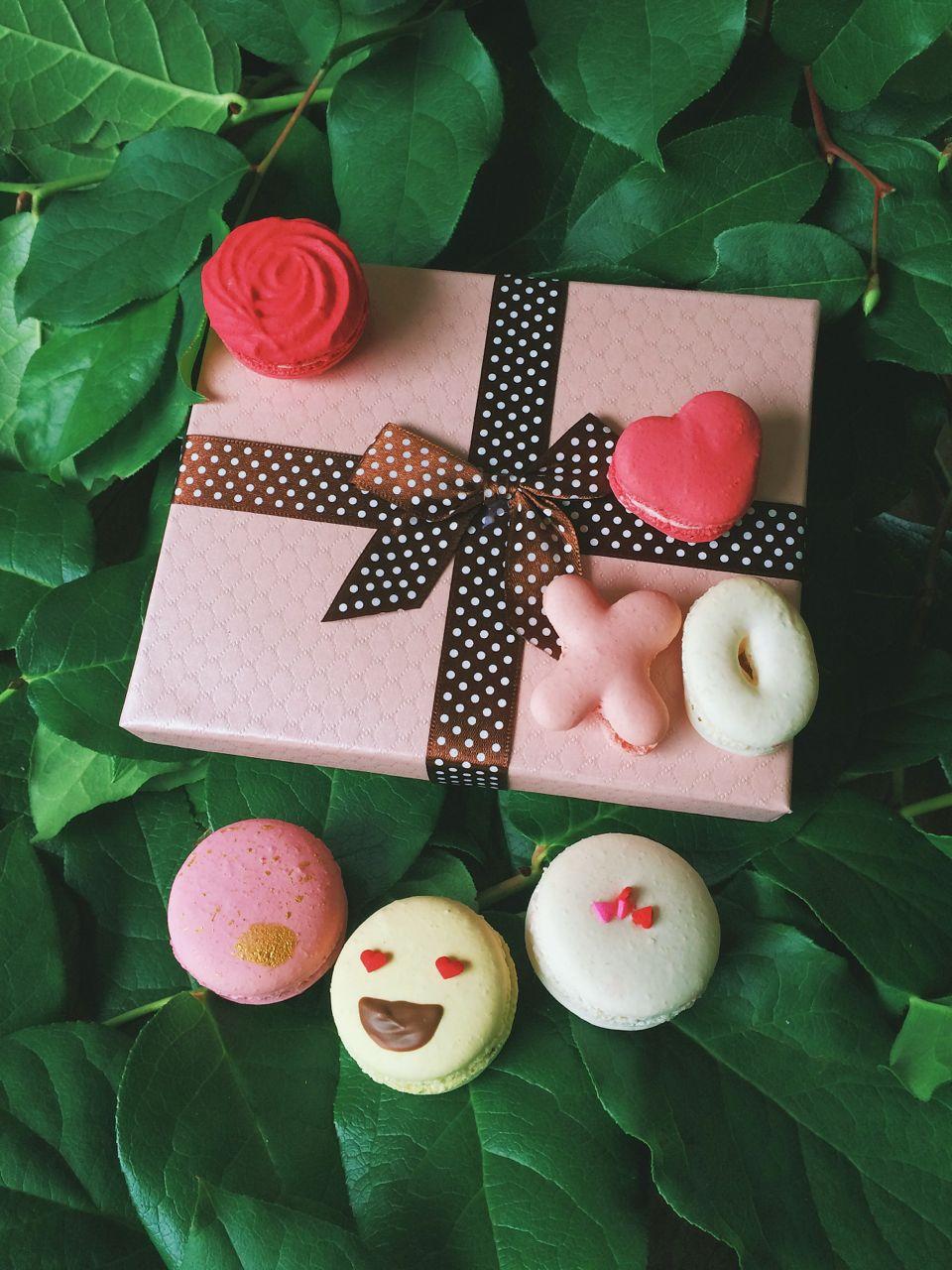 Bon Macaron Valentines Day - 02.jpg