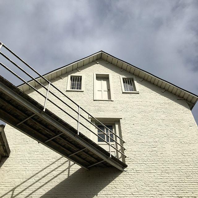 Even Alcatraz has good color palettes #pantone #prison #alcatraz #sanfrancisco