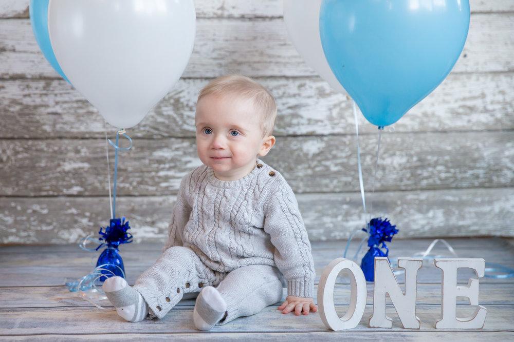 Baby Milestone - Calgary Photographer