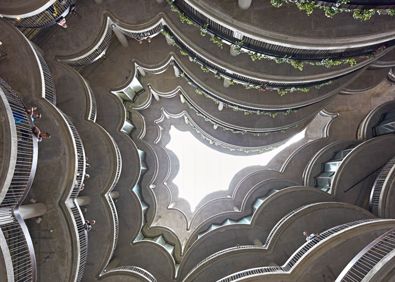 Learning-Hub-by-Heatherwick-Studio_dezeen_784_4.jpg