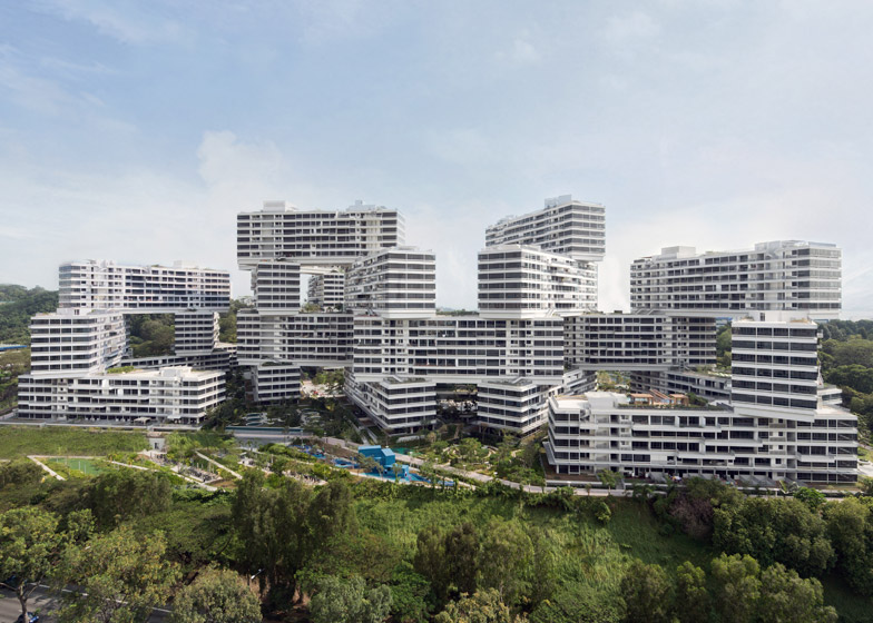 The_Interlace_by_Ole_Scheeren_dezeen_784_2.jpg