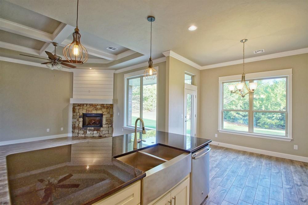 16 - Kitchen view.jpg