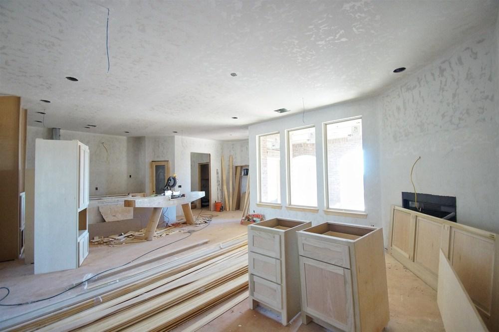 5 - Living area.jpg