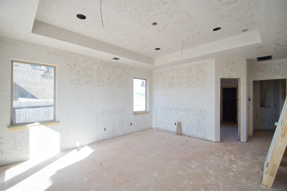 11 - Master suite.jpg