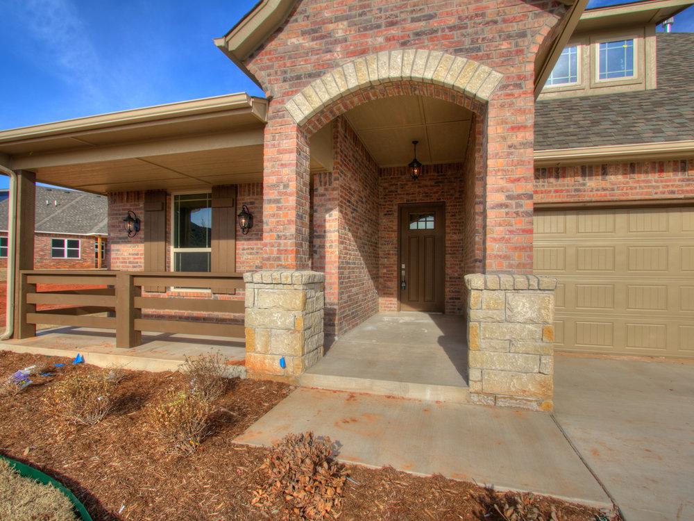 3 - Front porch.jpg