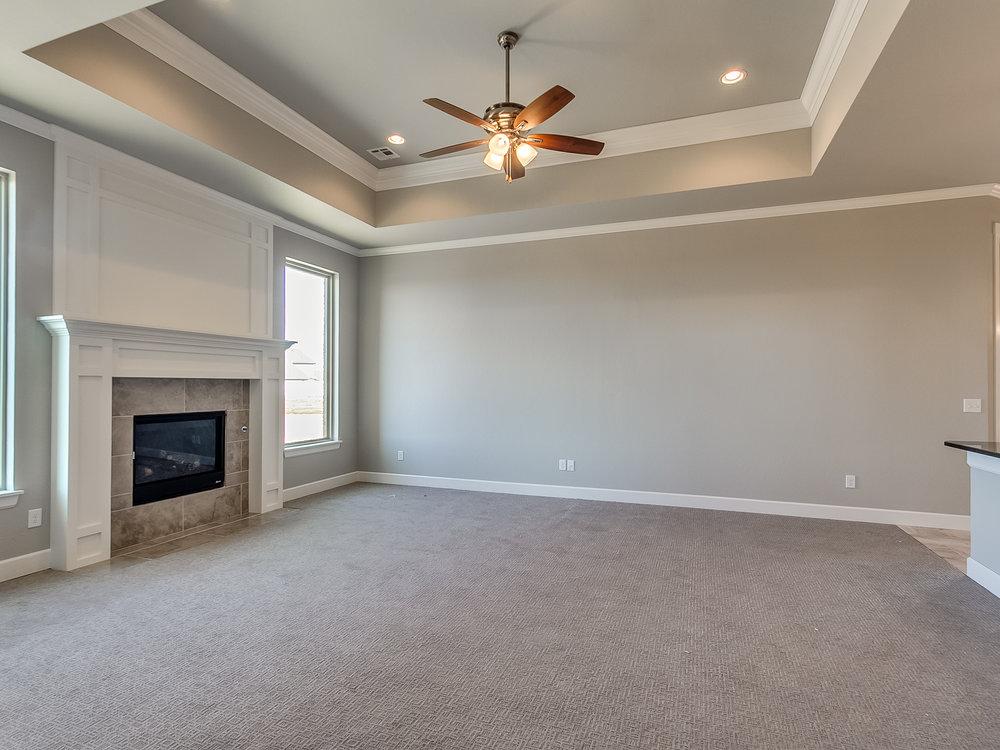 5 - Living room.jpg