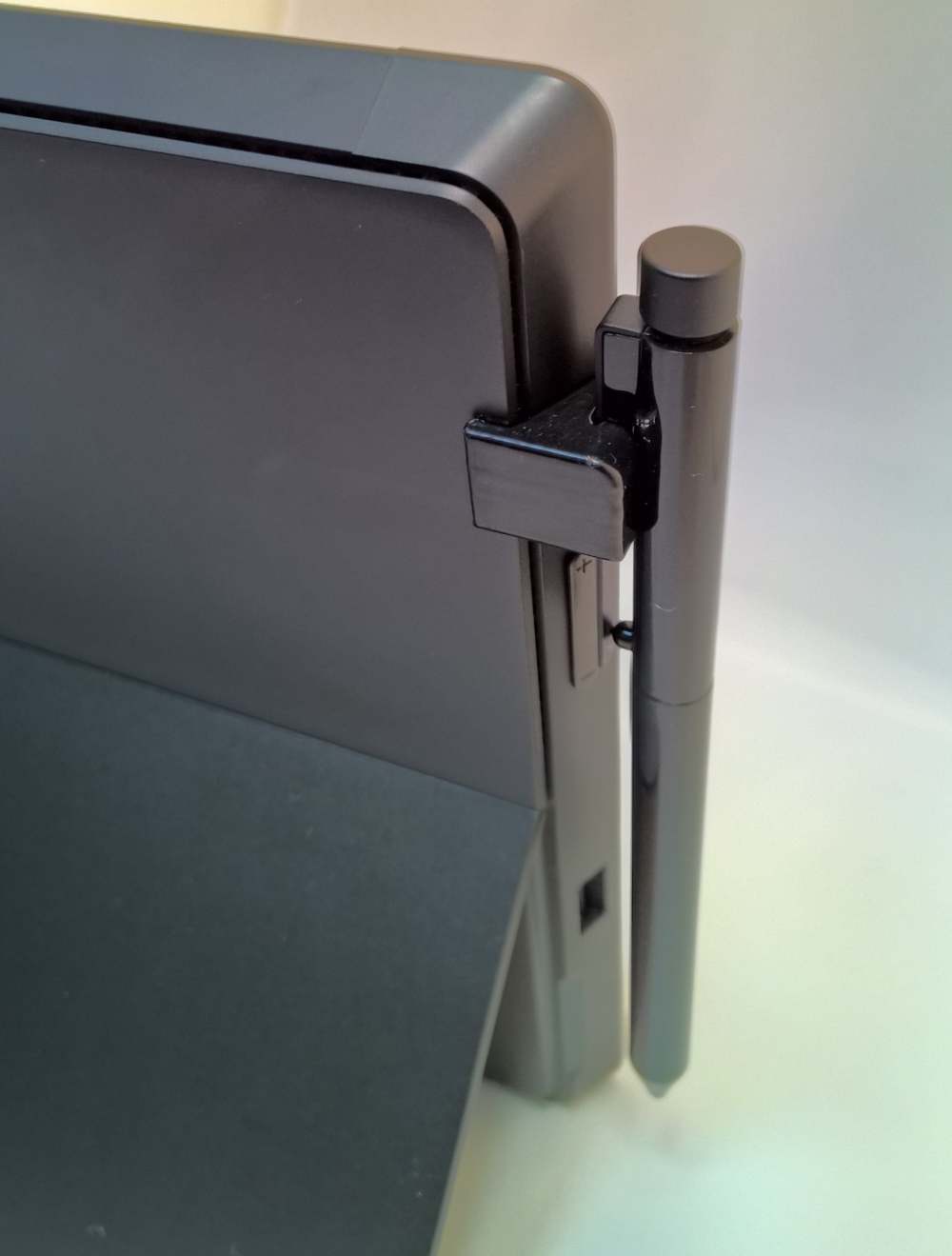 Stylus holder compatible with Microsoft Surface Pro / Pro 2 rear view