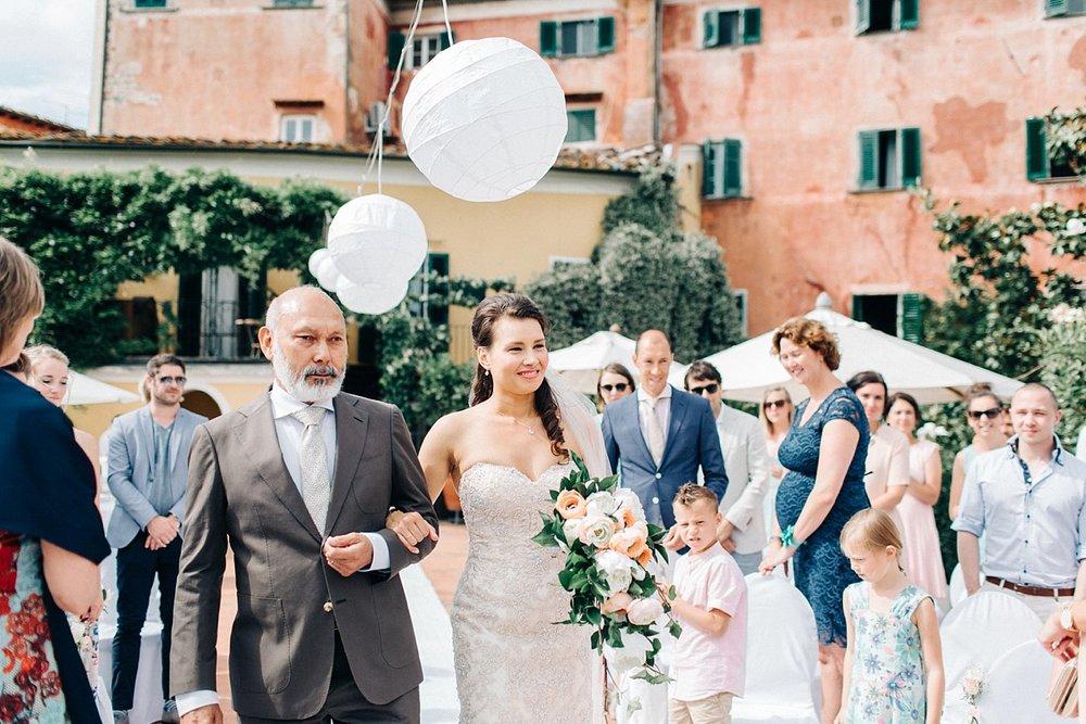 Amanda-Drost-photography-wedding-italy-Villa-sermolli-tuscany_0008.jpg