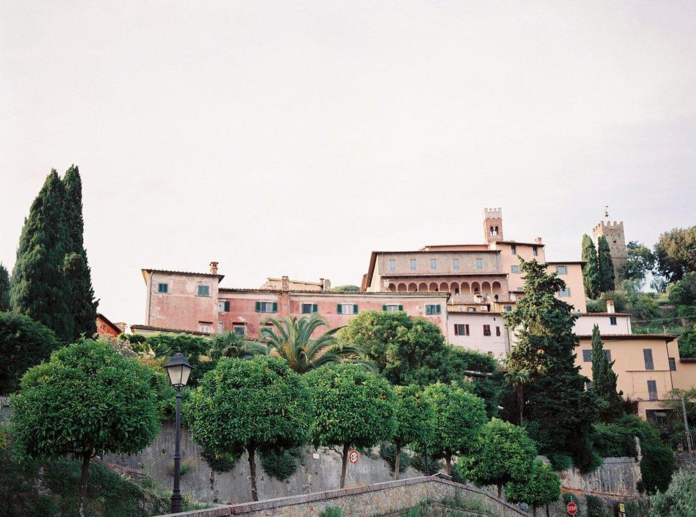 Amanda-Drost-photography-wedding-italy-Villa-sermolli-tuscany_0044.jpg