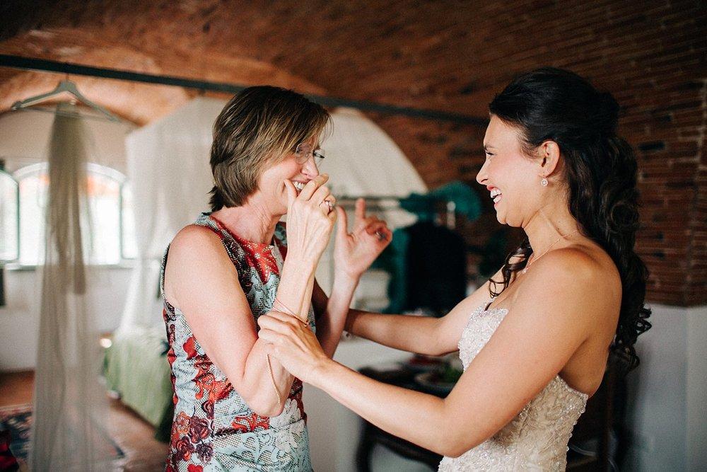 Amanda-Drost-photography-wedding-italy-Villa-sermolli-tuscany_0065.jpg