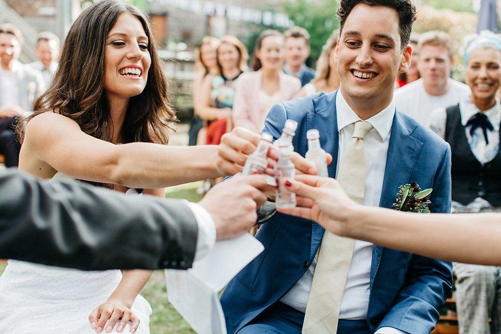 Amanda-Drost-photography-wedding-bruioft-zuid-limburg-hoeve-vernelsveld_0015.jpg