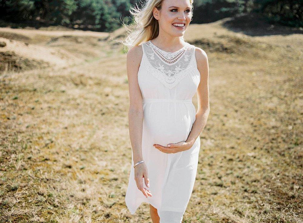 Amanda-Drost-zwangerschapsshoot-babybump_0011.jpg