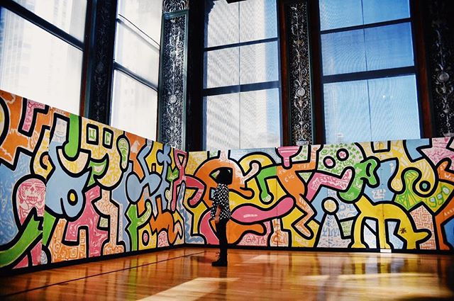 Big World Little Caro #chicago #chi #chicagoculturalcenter #keithharing #haring #colorful #cultural #vscocam #vsco #art #museum #exhibit #gurlmuseumday #polkadot #cps #publicart #1984 #carofotos #portrait #selfportrait