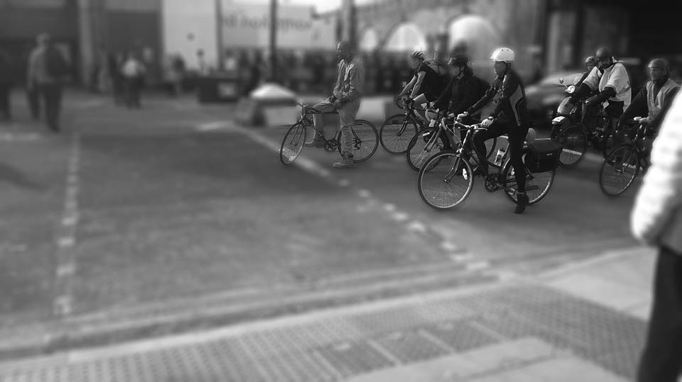 i-Select black and white bikes.jpg