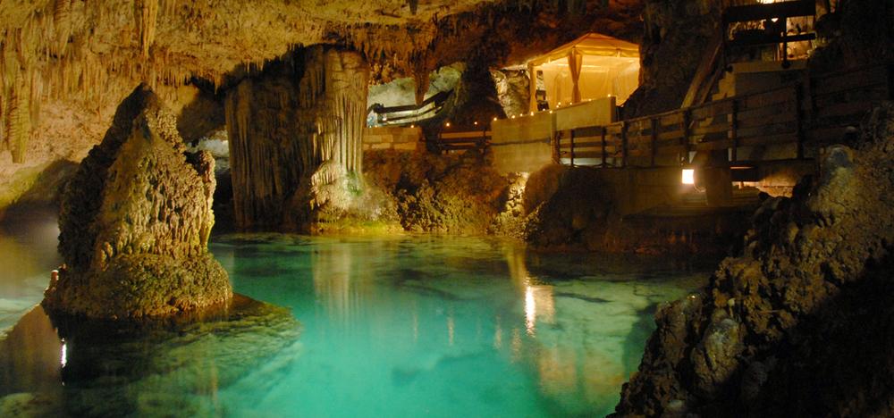 grotto4.jpg