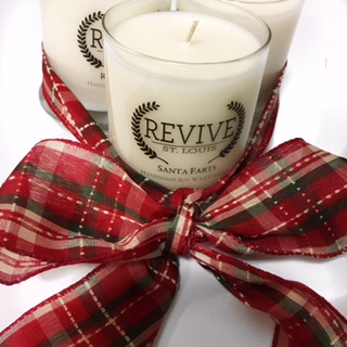 12/20 • 30% OFF HOLIDAY CANDLES