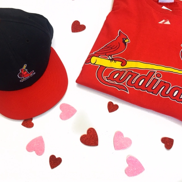 St. Louis Cardinals tee............$8    St. Louis Cardinals ..................$5