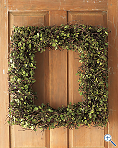 GH square wreath