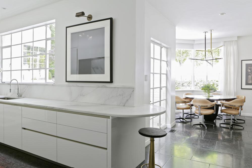 15 Kitchen .jpg