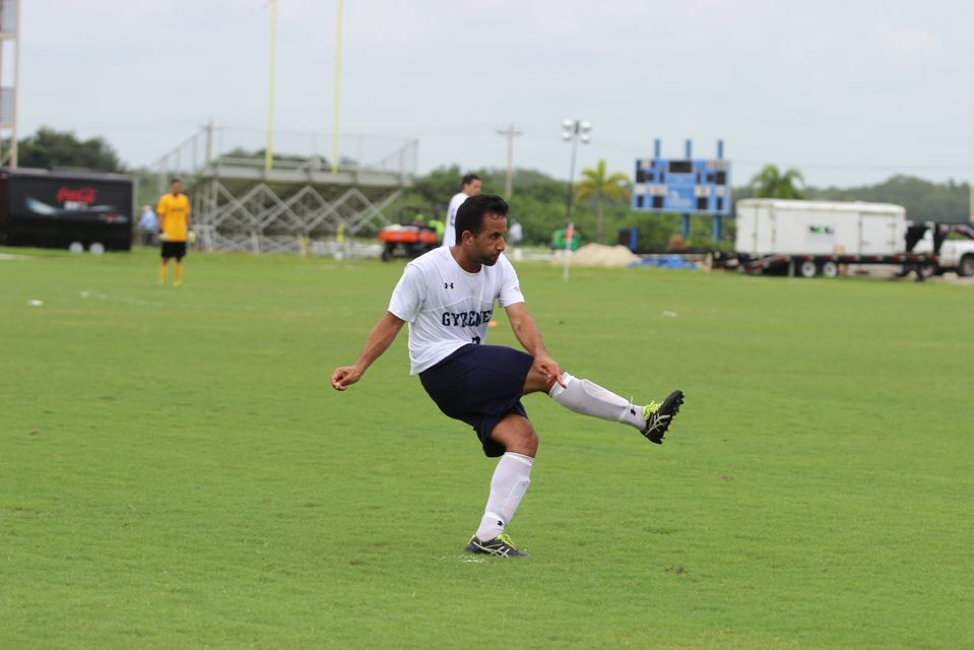 Resam Moghimi, Senior Captain
