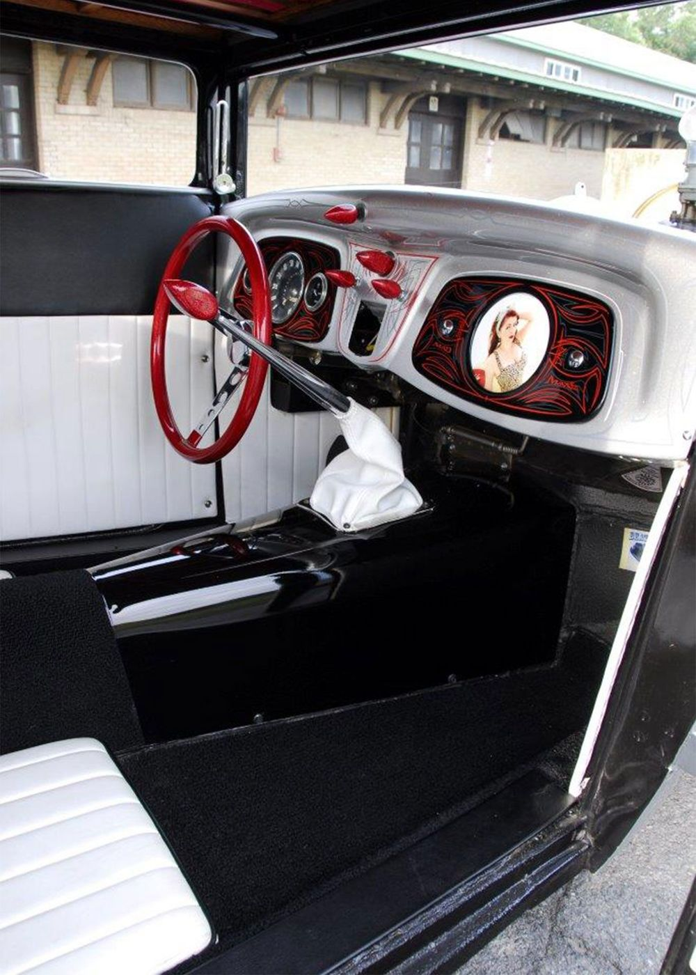 1927-ford-coupe-dash.jpg