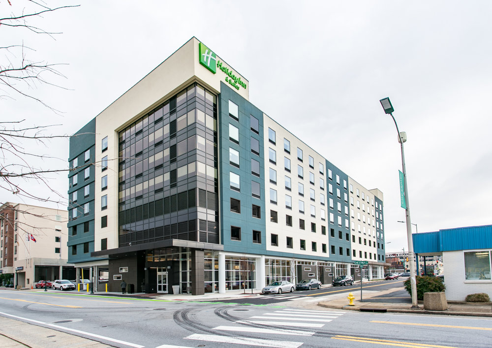 Holiday_Inn_Downtown_Exterior.jpg