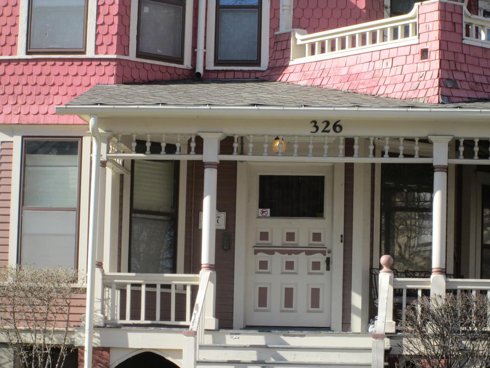 Chicago 326 E porch.JPG
