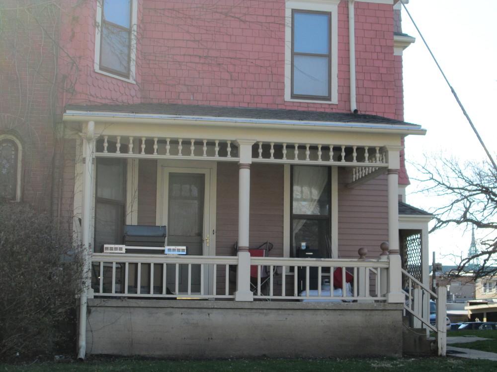 Chicago 326 E side porch.JPG