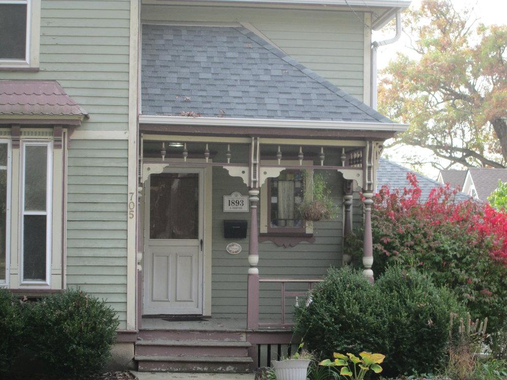 Linden 705 porch.JPG