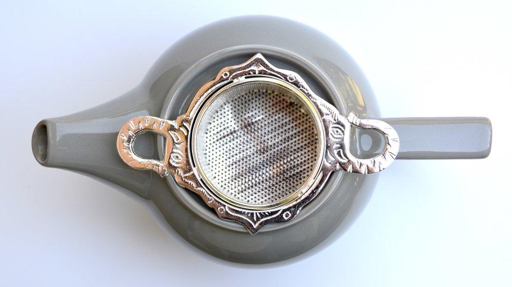 ele infuser in teapot CPY.jpg