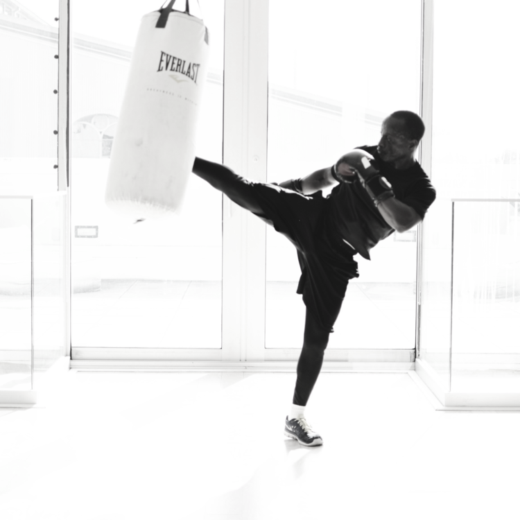 Photo: abeautifulmovement Eric Mihindou, Boxing Instructor @eric_mihindou