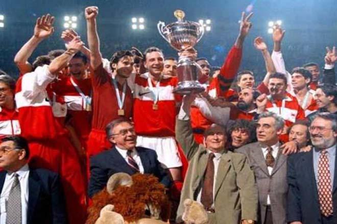 olympiakos-europe-sef-1996.jpg