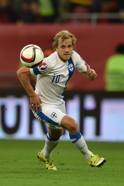 Teemu+Pukki+Romania+v+Finland+UEFA+EURO+2016+cILpCN5Ja6Gl.jpg
