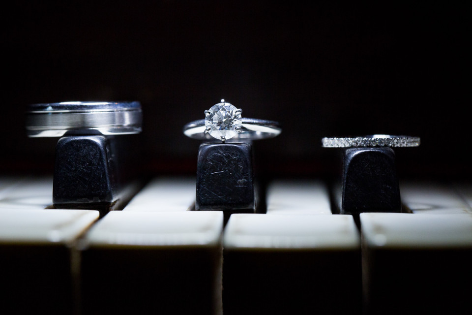 005-joann-alfred-castle-green-wedding-pasadena-wedding-ring-shot-david-kim-photography-960x640.jpg