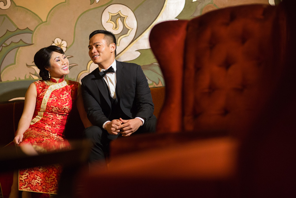 Jane-Marc-002-alameda-theater-engagement-session.jpg