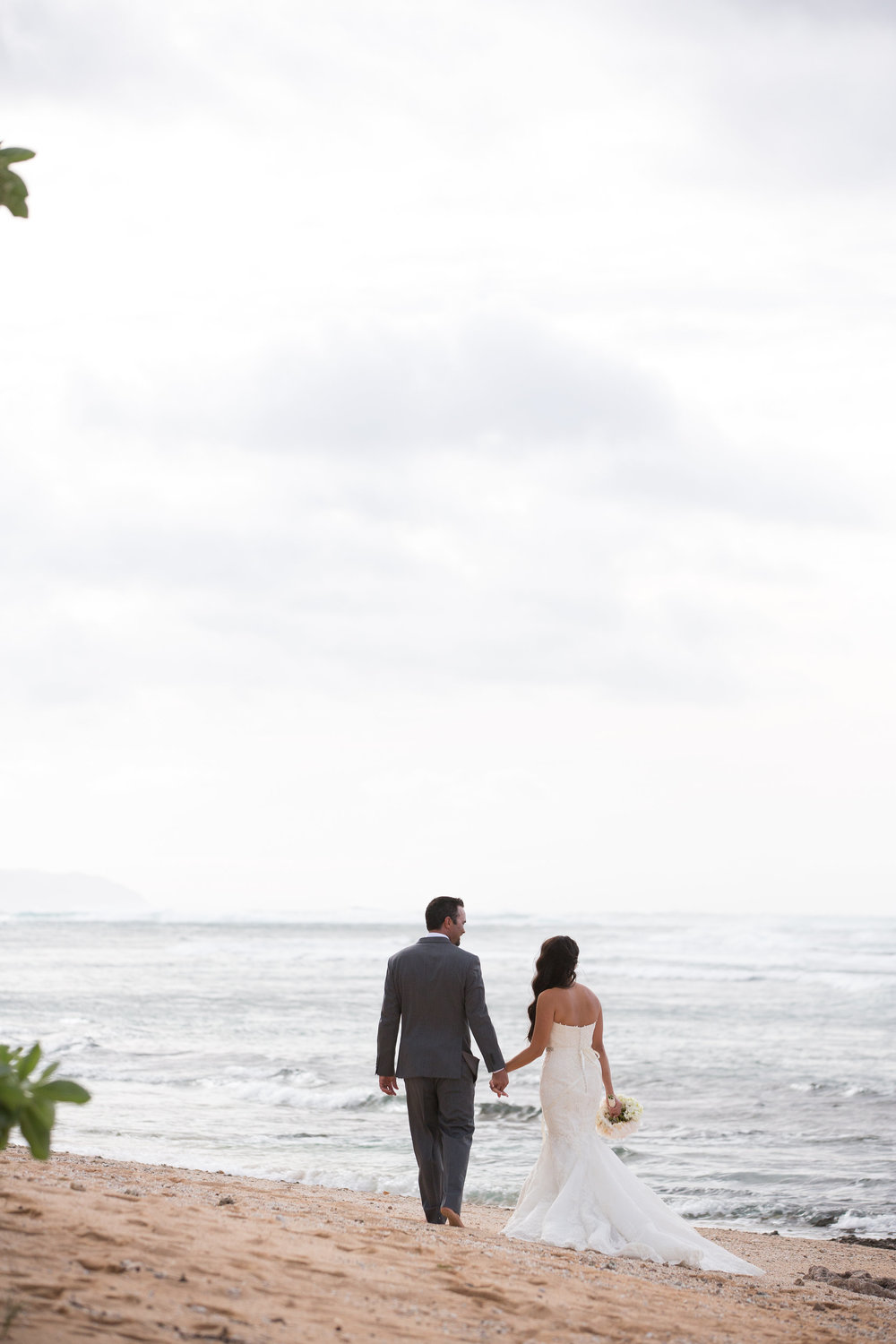 wedding hawaii beach photography 2.jpg