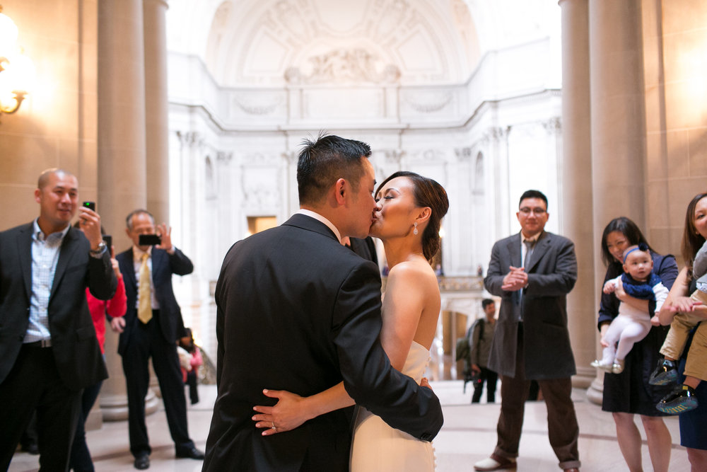 san francisco city hall wedding 14.jpg