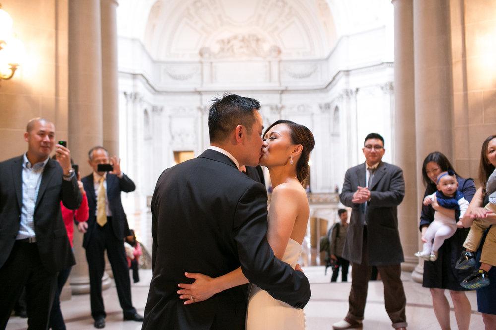 san francisco city hall wedding 14.jpg
