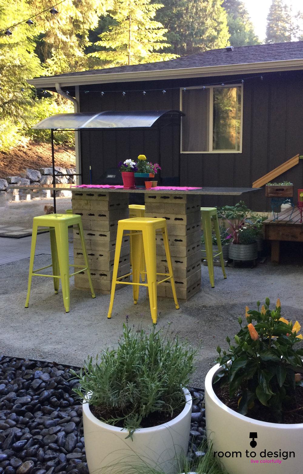 backyard-bar.jpg