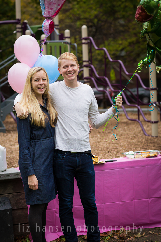 gender-reveal-photographer-winnetka-5.jpg