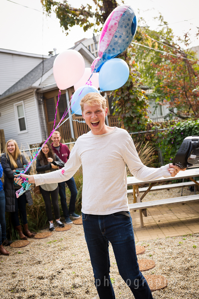 gender-reveal-photographer-winnetka-30.jpg